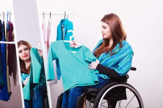 aide habillage auxiliaire de vie