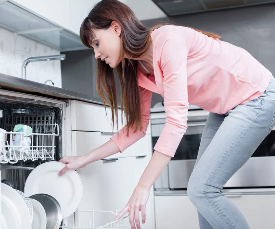 vaisselle aide a domicile sanary