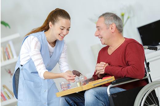 preparation et aide au repas senior
