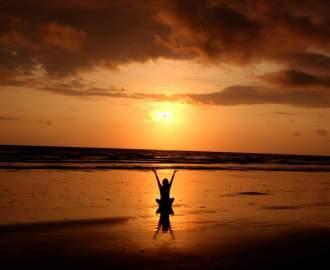 backlit balance beach cloud 268134